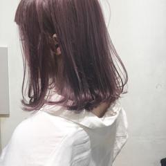 ガーリー 透明感 ミディアム レッド ヘアスタイルや髪型の写真・画像