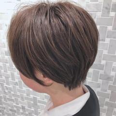 ショート ショートヘア デート 耳かけ ヘアスタイルや髪型の写真・画像