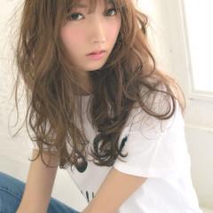 大人かわいい 外国人風 ロング ピュア ヘアスタイルや髪型の写真・画像