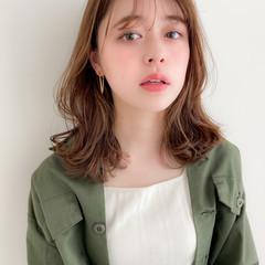 ミディアム 鎖骨ミディアム 大人可愛い デジタルパーマ ヘアスタイルや髪型の写真・画像