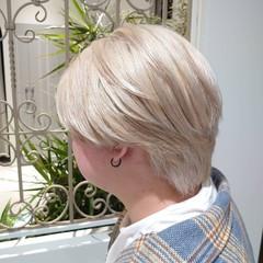 ブロンドカラー ハイトーンカラー ホワイトカラー ミルクティー ヘアスタイルや髪型の写真・画像
