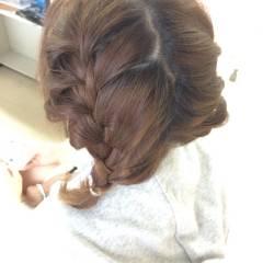 編み込み ヘアアレンジ ミディアム ヘアスタイルや髪型の写真・画像