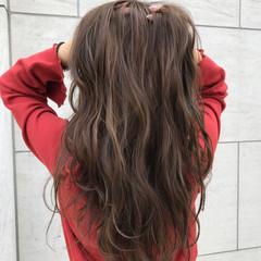 デート アッシュ ハイライト 外国人風 ヘアスタイルや髪型の写真・画像