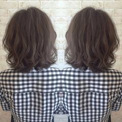 大人かわいい アッシュ グレージュ ボブ ヘアスタイルや髪型の写真・画像