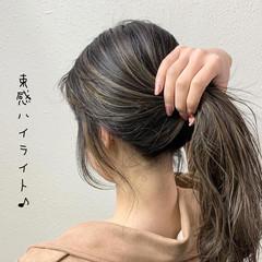 ミルクティーグレージュ グレージュ ハイライト バレイヤージュ ヘアスタイルや髪型の写真・画像