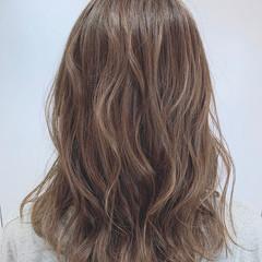 大人女子 ナチュラル ブリーチなし 圧倒的透明感 ヘアスタイルや髪型の写真・画像