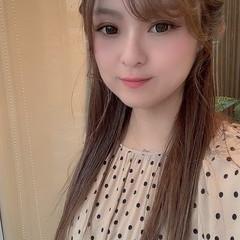 前髪 ミルクティカラー 簡単ヘアアレンジ ミルクティーベージュ ヘアスタイルや髪型の写真・画像