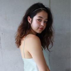 パーマ 簡単ヘアアレンジ セミロング スポーツ ヘアスタイルや髪型の写真・画像