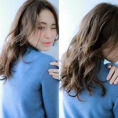 大人かわいい ロング ゆるふわ 暗髪 ヘアスタイルや髪型の写真・画像