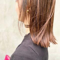 ミルクティー ミルクティーベージュ ミディアム シアーベージュ ヘアスタイルや髪型の写真・画像