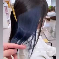 インナーカラーグレー ブリーチカラー ストリート 切りっぱなしボブ ヘアスタイルや髪型の写真・画像