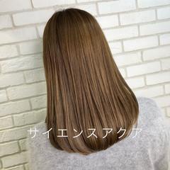 ナチュラル オフィス 髪質改善カラー セミロング ヘアスタイルや髪型の写真・画像