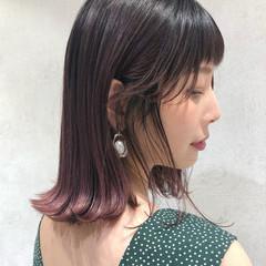 ガーリー 横顔美人 小顔ヘア ベリーピンク ヘアスタイルや髪型の写真・画像