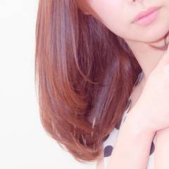 ナチュラル ピンク レッド ヘアスタイルや髪型の写真・画像