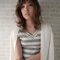 ミディアム 外国人風 パーマ ストリート ヘアスタイルや髪型の写真・画像
