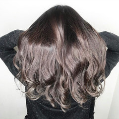 透明感 アディクシーカラー ロング ナチュラル ヘアスタイルや髪型の写真・画像