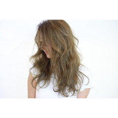 ロング 透明感 外国人風 ナチュラル ヘアスタイルや髪型の写真・画像