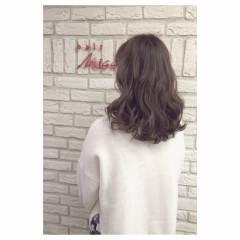 ラベンダーアッシュ アッシュ 大人かわいい フェミニン ヘアスタイルや髪型の写真・画像