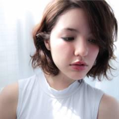 大人かわいい ゆるふわ ミディアム ストリート ヘアスタイルや髪型の写真・画像