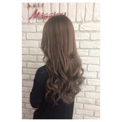 ベージュ ストリート ロング ブラウン ヘアスタイルや髪型の写真・画像