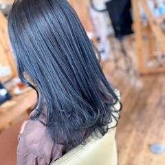 ブルーアッシュ アディクシーカラー セミロング モード ヘアスタイルや髪型の写真・画像