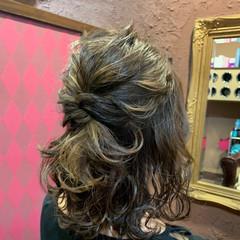 ふわふわヘアアレンジ 切りっぱなしボブ ヘアアレンジ ガーリー ヘアスタイルや髪型の写真・画像