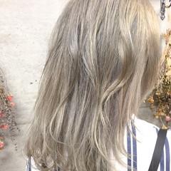 デート イルミナカラー ロング ヘアアレンジ ヘアスタイルや髪型の写真・画像