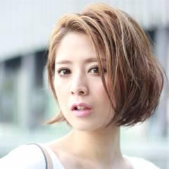 ハイライト ストレート ショート 大人かわいい ヘアスタイルや髪型の写真・画像