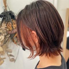 インナーカラーオレンジ ボブ モード ウルフカット ヘアスタイルや髪型の写真・画像