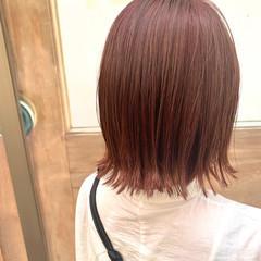 切りっぱなしボブ ピンクブラウン レッド ボブ ヘアスタイルや髪型の写真・画像