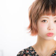 フェミニン 外ハネ グラデーションカラー モード ヘアスタイルや髪型の写真・画像