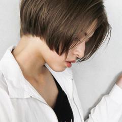 ナチュラル ショート ショートボブ ジェンダーレス ヘアスタイルや髪型の写真・画像