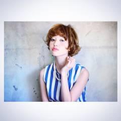 大人かわいい ショート ウェーブ ガーリー ヘアスタイルや髪型の写真・画像