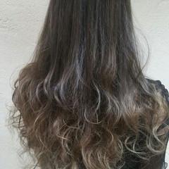 アッシュ フェミニン デート セミロング ヘアスタイルや髪型の写真・画像