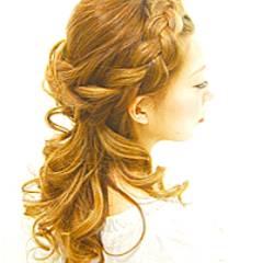ゆるふわ 結婚式 編み込み ヘアアレンジ ヘアスタイルや髪型の写真・画像