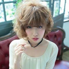 グラデーションカラー 大人かわいい ナチュラル 外国人風 ヘアスタイルや髪型の写真・画像