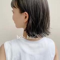 ミニボブ 前髪あり 外ハネ 切りっぱなしボブ ヘアスタイルや髪型の写真・画像