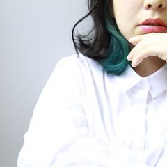 インナーカラー ミディアム 大人女子 こなれ感 ヘアスタイルや髪型の写真・画像
