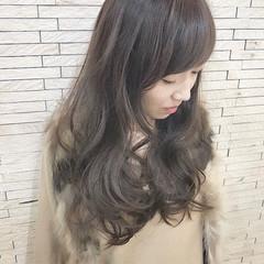 フェミニン アッシュ 外国人風 デート ヘアスタイルや髪型の写真・画像