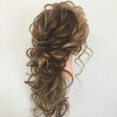 編み込み ヘアアレンジ ロング 結婚式 ヘアスタイルや髪型の写真・画像