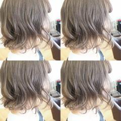 アッシュグレージュ ボブ ウェーブ アンニュイ ヘアスタイルや髪型の写真・画像