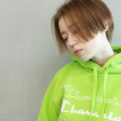 ショートヘア 透明感カラー ナチュラル ハンサムショート ヘアスタイルや髪型の写真・画像