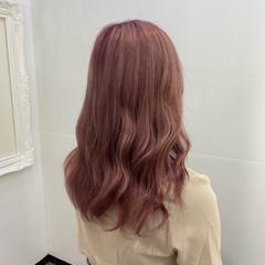 ロング ピンク ピンクベージュ ピンクラベンダー ヘアスタイルや髪型の写真・画像