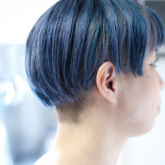 ブルーアッシュ ナチュラル ブリーチカラー ボブ ヘアスタイルや髪型の写真・画像