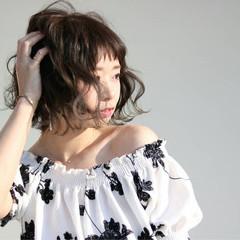 女子会 色気 アッシュ ボブ ヘアスタイルや髪型の写真・画像