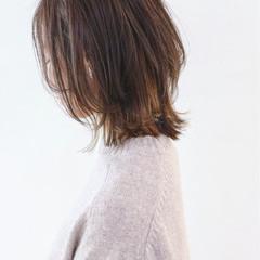 ミディアム グラデーションカラー モード ウルフカット ヘアスタイルや髪型の写真・画像