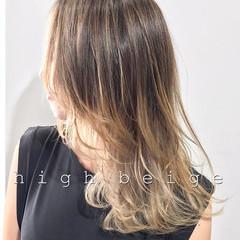ウルフカット レイヤーカット ストリート セミロング ヘアスタイルや髪型の写真・画像