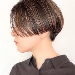 ダークカラー ハンサムショート ハイライト クール ヘアスタイルや髪型の写真・画像