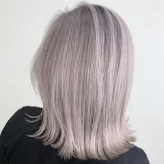 エレガント バレイヤージュ ミディアム アッシュ ヘアスタイルや髪型の写真・画像