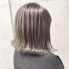 コントラストハイライト ボブ 切りっぱなしボブ エレガント ヘアスタイルや髪型の写真・画像